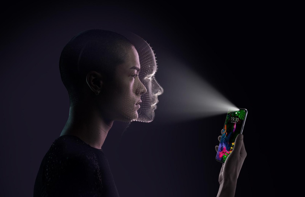 unlock-the-smartphone-face-id