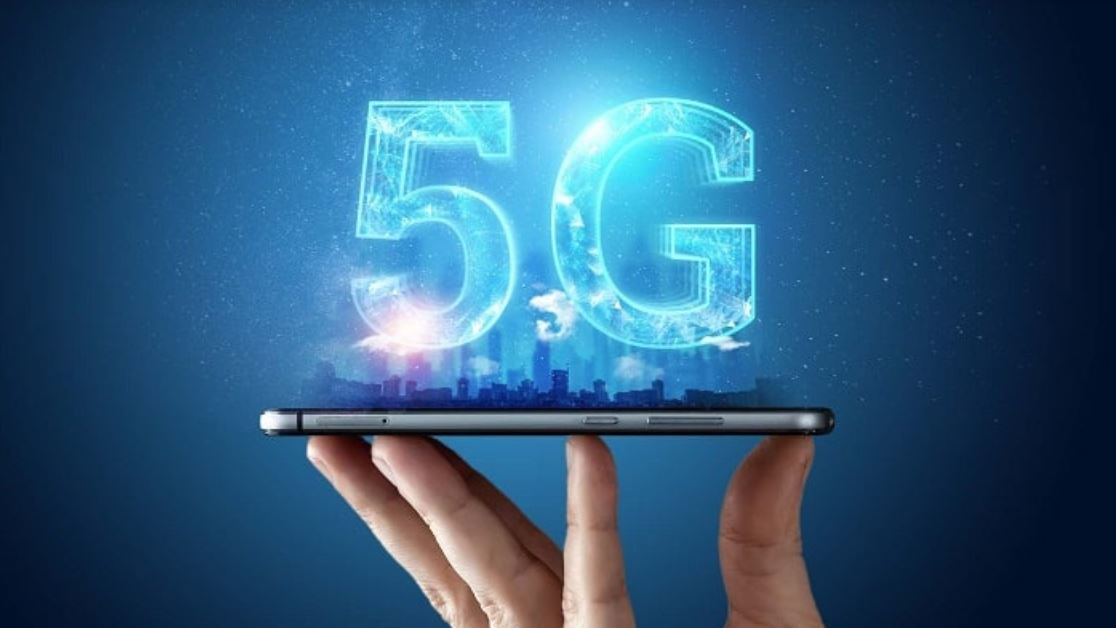 So one wonders if it is worth choosing the new 5G smartphones